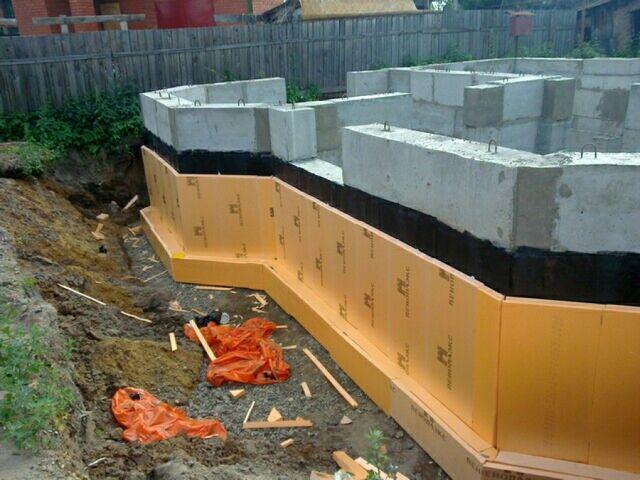Заделка швов цементным раствором